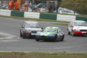 Holding onto the lead- and staying away from the Ginettas! Image from Con Connolly.