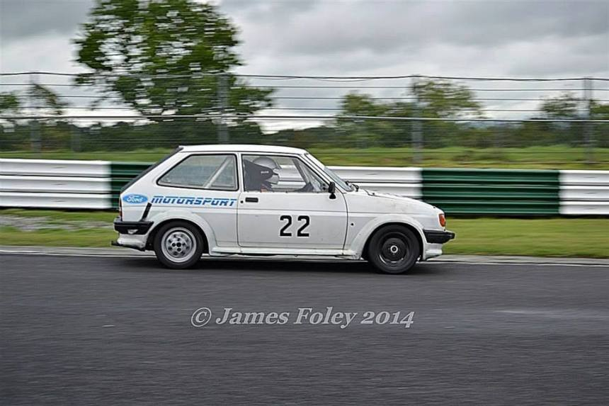 Sophie at speed in her trusty XR2. Image from James Foley