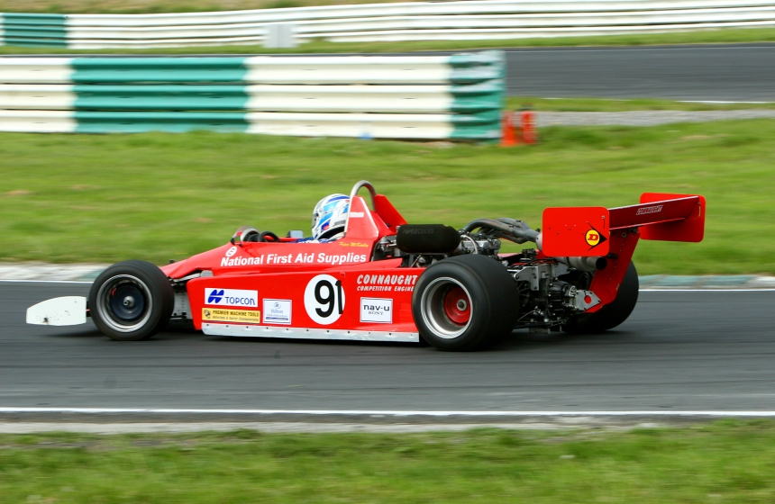 Simon McKinley in action at Mondello Park. Image from Cregor Elliott.